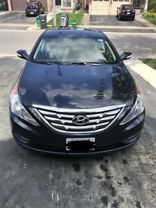 Mint Condition Hyundai Sonata Limited w/ Nav
