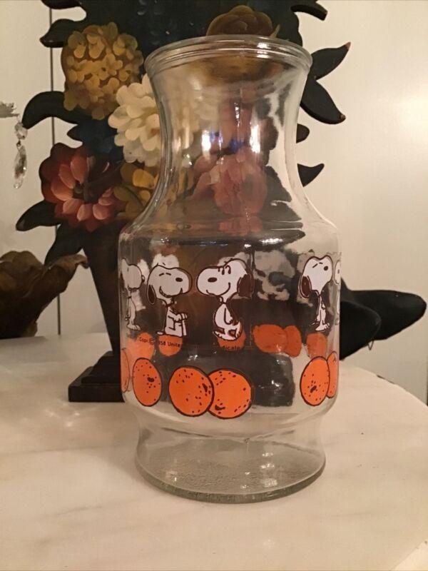 Vintage Anchor Hocking Peanuts Snoopy Orange Juice Glass Carafe Pitcher 1958