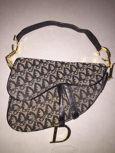 a3ce12490d443 Vintage Christian Dior Hand Bag