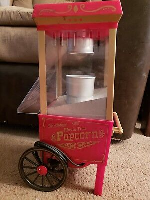 Nostalgia Electrics   12 Cup Old Fashioned Movie Time Popcorn Maker   Red Gold