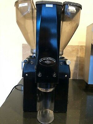 La Marzocco Swift Grinder Good Condition Leveler Auto-tamp.