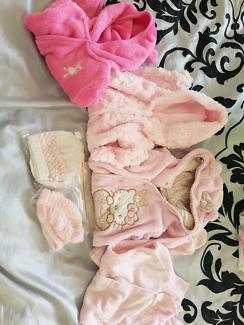 Full length baby girl onesie x 4, size 000