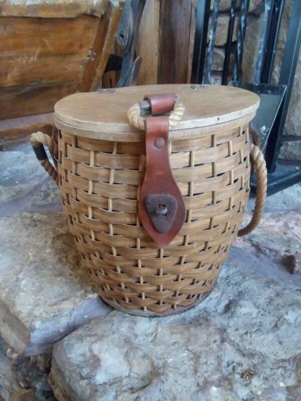 Vintage Wicker Round Fishing Basket with Leather Straps