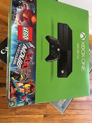 Xbox One 500GB/GO Console The LEGO Movie Bundle Wear Box Top  1540 New Sealed
