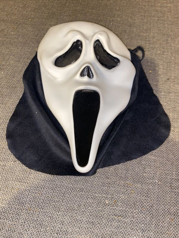 Vtg Easter Unlimited Scream Ghostface Halloween Mask Funworld - No Hood Youth