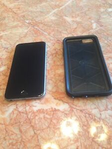 iPhone 6 (Bell) w/ Otterbox case