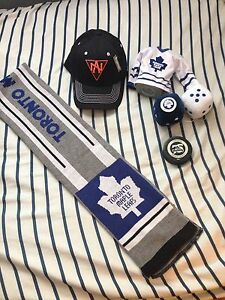 Toronto Maple Leaf Clothing & Accessories