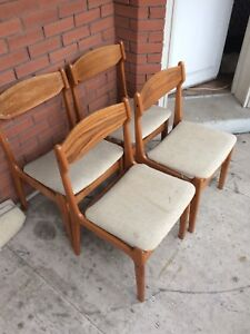Set of (4) Mid Century Chairs