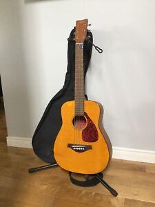 Guitare acoustique folk 3/4 Yamaha