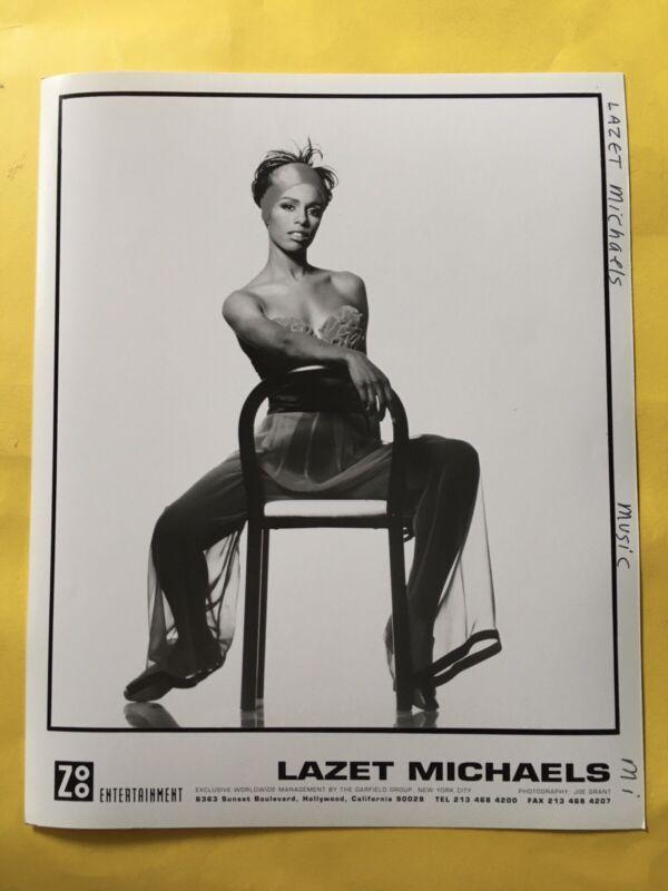 "Lazet Michaels Press Photo 8x10"", Zoo Entertainment."