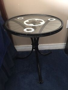 Artistically made side table (bike parts)