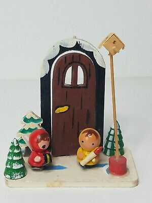 Vtg Wood Christmas Ornament Decoration Scene Girls Outside Door Caroling Japan