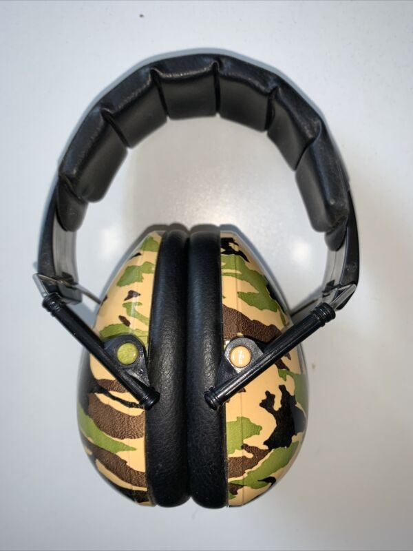 Banz soundproof earmuffs cem-p1 Camouflage Pre Owned Fast Shipping