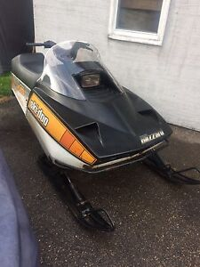 1980 Ski-doo 7500 Blizzard Plus with a 440 engine