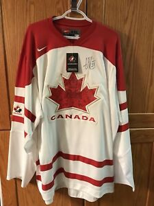 Haley Irwin Signed Canada Jersey
