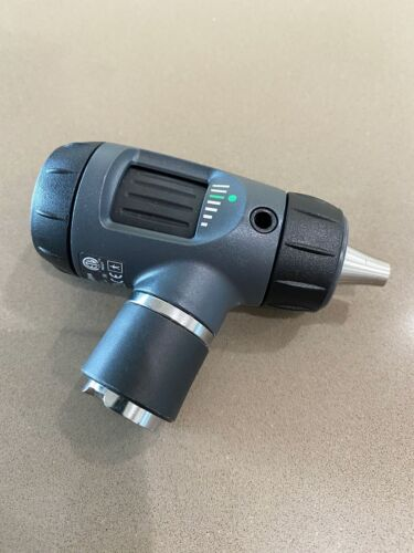 Welch Allyn 23820 MacroView 3.5V SureColor Halogen HPX Fiber-Optic Otoscope