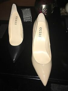 $30 variety of ladies GUESS footwear  Cambridge Kitchener Area image 4