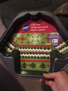 Wilton brand new ugly sweater/jersey pan