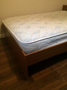 Double mattress /frame can deliver free