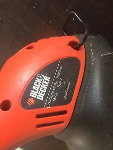 Black and decker line trimmer & hedger Ferny Grove Brisbane North West Preview