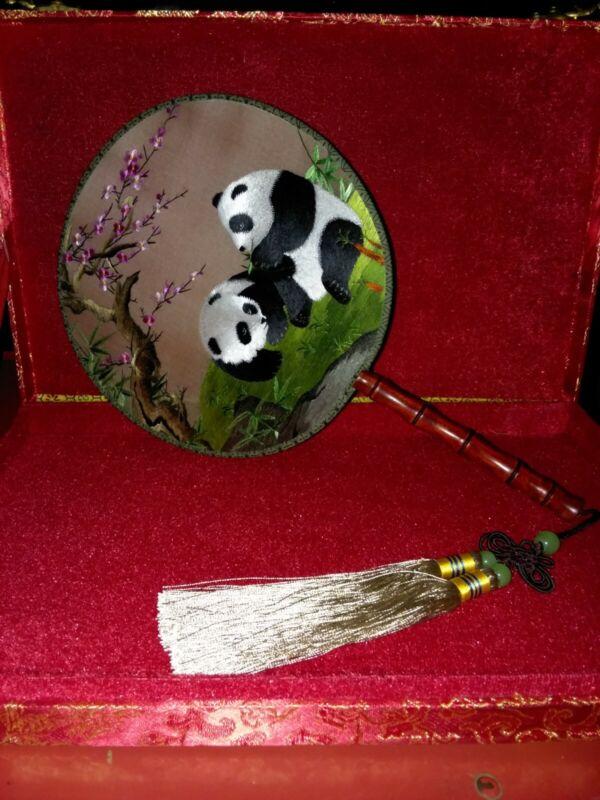 Chinese SuZhou Silk Embroidery Fan Panda w/Red/Gold Case Wood Handle Tassel WoW
