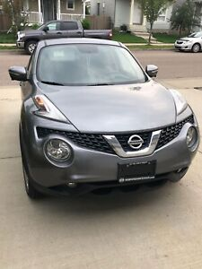 2016 Nissan Juke w/ extended warranty till Jan 2022