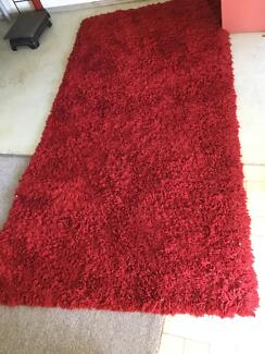 Red carpet rug