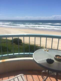 Looking for a roomate in surfers paradise