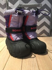 Sorel girls winter boots - Purple, size 8 Toddler