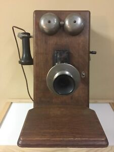Northern Electric Antique Wall Crank Phone