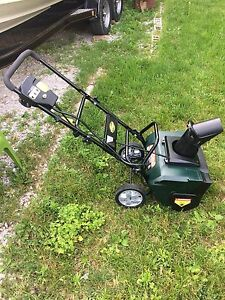 Yardworks 120v electric snowblower