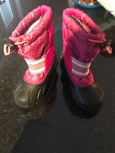 Size 9 sorely winter boots