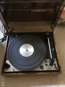 Dual  turntable  and about. 50  LPs.