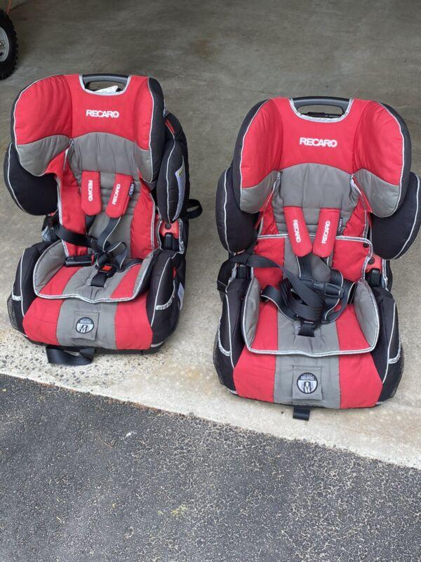 RECARO performance sport REDD #500705166.              2 Dual / Same Seats.