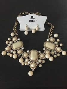 Brand New Statement Necklace and Earrings set