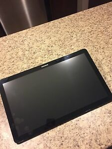 "Samsung 18.4"" Galaxy View SM-T670 32GB Tablet (Black)"