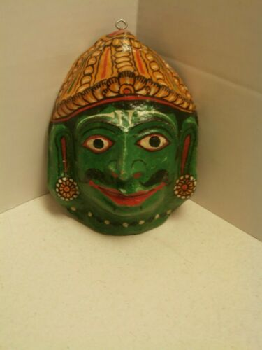 VINTAGE GREEN PAPER MACHE MASK HAND CRAFTED HAND PAINTED COLORSGREEN YELLOW GOLD