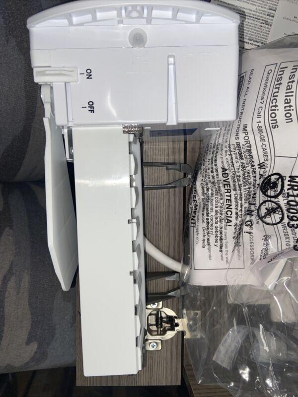 Genuine GE refrigerator ice maker WR30x10093 Brand New.      Free Shipping