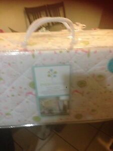 Poppiliving 3-piece crib set (brand new in package)