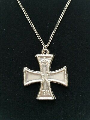 German Iron Cross Crown Emblem Medal Necklace FW 1813-1914 w/ Oak Leaves - Oak Leaves Emblems