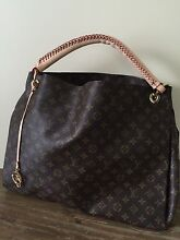 Louis Vuitton artsy large size can post for $15 Riverview Lane Cove Area Preview
