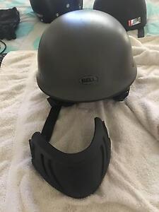 Bell Motorbike Helmet Kanwal Wyong Area Preview