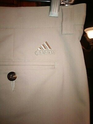Mens 36 Adidas Golf Stretch Light Brown Single Pleat Shorts. Inseam 9