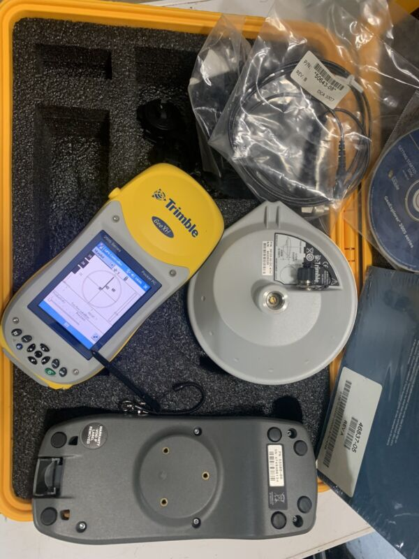 Trimble Geo XH 2005 GPS With Cradle, Hard Case & Trimble Zephyr, No AC Adapter.