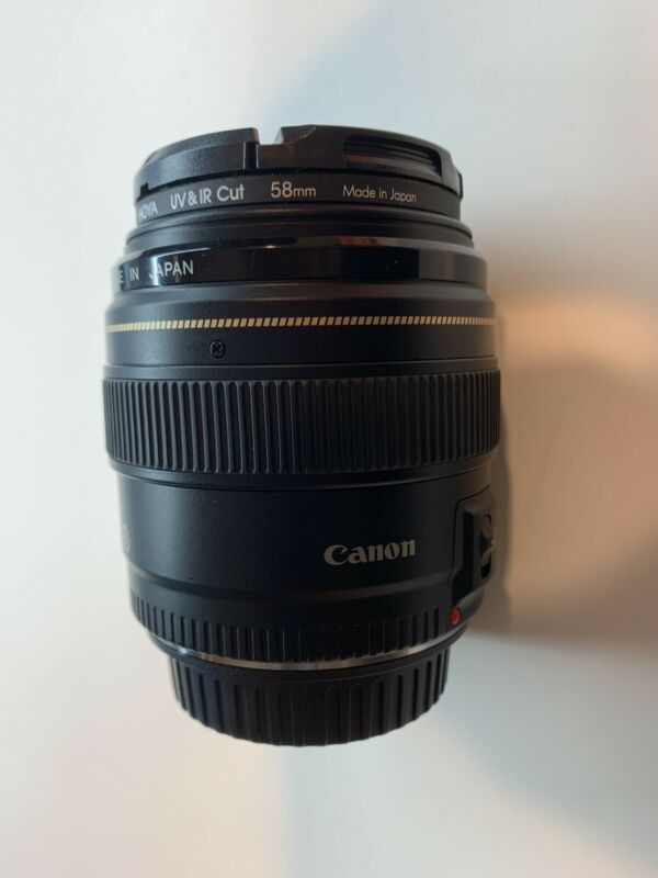 Canon EF 85mm f/1.8 USM Lens - Mint Condition!