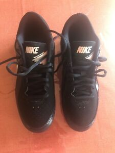 Baseball / Softball cleets Running Shoes MINT CONDITION