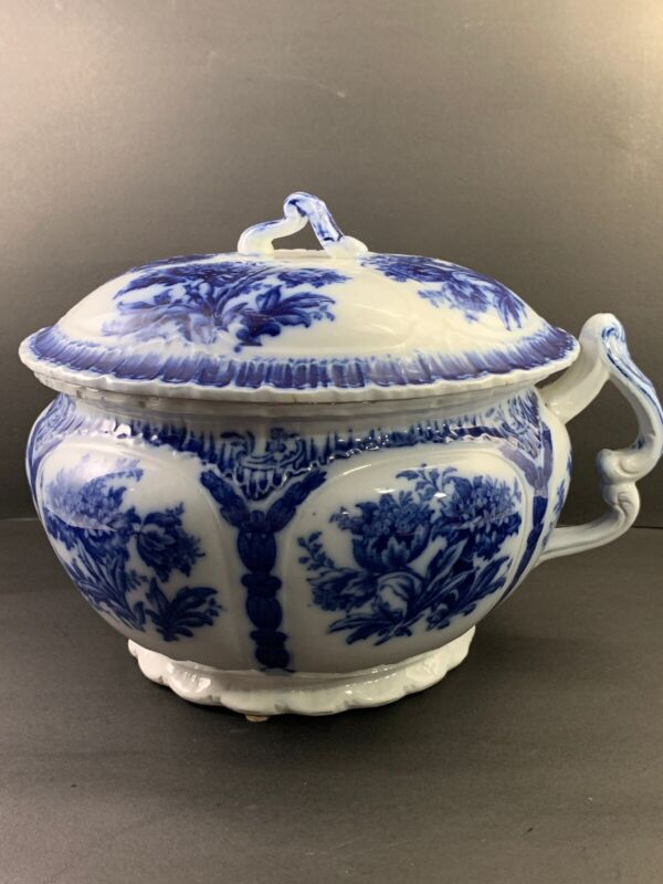 Large Flo Blue Chamber Pot Witley F W & Co