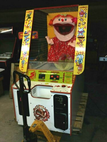 FEED BIG BERTHA TICKET REDEMPTION ARCADE GAME MACHINE, WORKS, COIN OR FREE PLAY