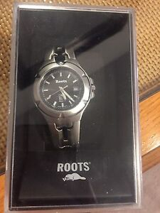 *NEW* Roots men's stainless steel watch