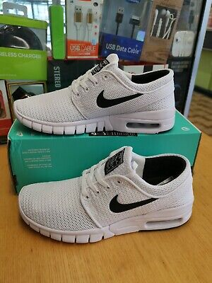 NIKE STEFAN JANOSKI MAX WHITE BOYS TRAINER'S SIZE UK 3.5